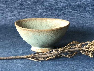 宮崎和佳子さんの器 青色の飯椀です。