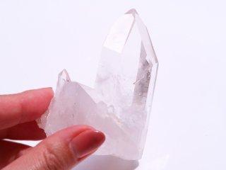 【Q122】水晶 / 幸せが訪れやすい環境を整えてくれる原石の水晶クラスター