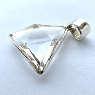 天然石アクセサリーペンダント 水晶、三角形
