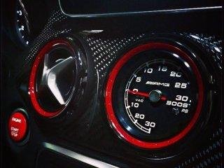 Speedhut 電気式ブーストメーター メルセデスベンツ AMG w176 A c117 CLA