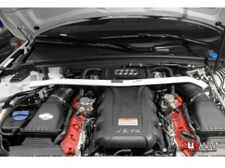 UltraRacingフロントストラットタワーバー アウディ B8 RS4 RS5