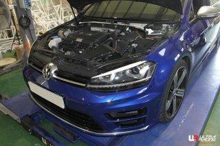 UltraRacing  フロントストラットタワーバー VW GOLF MK7