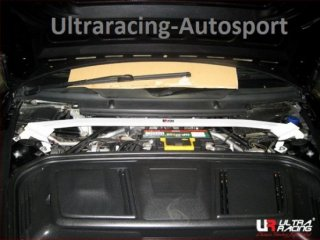 UltraRacing  フロントストラットタワーバー PORSCHE 997 carrera4S