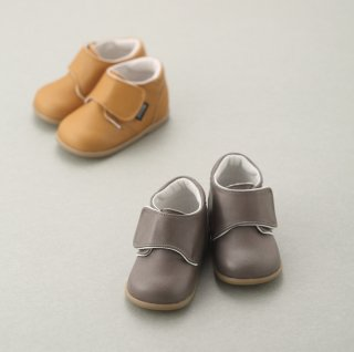 <img class='new_mark_img1' src='https://img.shop-pro.jp/img/new/icons23.gif' style='border:none;display:inline;margin:0px;padding:0px;width:auto;' />1731 Baby Bootie<br>WHITE (14.14.5cm)