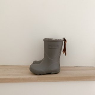 <img class='new_mark_img1' src='https://img.shop-pro.jp/img/new/icons14.gif' style='border:none;display:inline;margin:0px;padding:0px;width:auto;' />bisgaard rain boots / grey