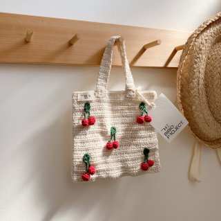 <img class='new_mark_img1' src='https://img.shop-pro.jp/img/new/icons14.gif' style='border:none;display:inline;margin:0px;padding:0px;width:auto;' />THE BIBIO PROJECT - Mini Cherry Crochet Bag