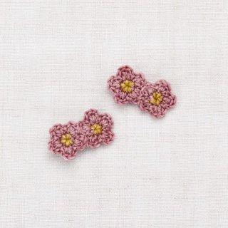 <img class='new_mark_img1' src='https://img.shop-pro.jp/img/new/icons14.gif' style='border:none;display:inline;margin:0px;padding:0px;width:auto;' />Misha and Puff - Mini Crochet Flower Clip Set / Antique Rose/Winter Wheat