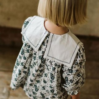 <img class='new_mark_img1' src='https://img.shop-pro.jp/img/new/icons14.gif' style='border:none;display:inline;margin:0px;padding:0px;width:auto;' />Little Cotton Clothes - Eadie sailor blouse / watercolour floral