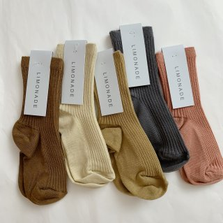 <img class='new_mark_img1' src='https://img.shop-pro.jp/img/new/icons14.gif' style='border:none;display:inline;margin:0px;padding:0px;width:auto;' />LIMONADE - Ribbed Ankle Socks