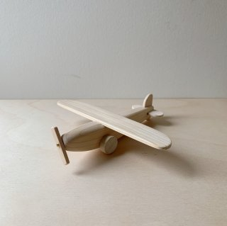 <img class='new_mark_img1' src='https://img.shop-pro.jp/img/new/icons14.gif' style='border:none;display:inline;margin:0px;padding:0px;width:auto;' />Wooden toy - Airplane