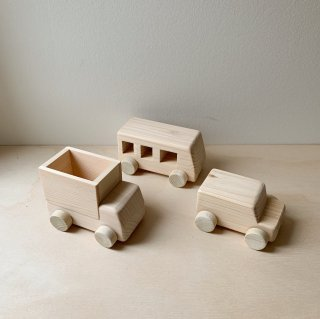 <img class='new_mark_img1' src='https://img.shop-pro.jp/img/new/icons14.gif' style='border:none;display:inline;margin:0px;padding:0px;width:auto;' />Wooden toy - Car, Bus, Truck