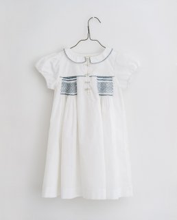 <img class='new_mark_img1' src='https://img.shop-pro.jp/img/new/icons14.gif' style='border:none;display:inline;margin:0px;padding:0px;width:auto;' />Little Cotton Clothes - Elodie hand smocked dress