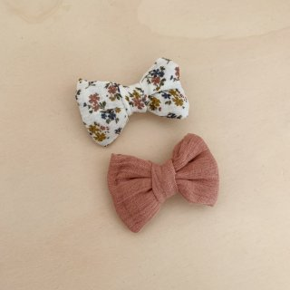<img class='new_mark_img1' src='https://img.shop-pro.jp/img/new/icons14.gif' style='border:none;display:inline;margin:0px;padding:0px;width:auto;' />Little Cotton Clothes - Small hair bow / aster floral, old rose