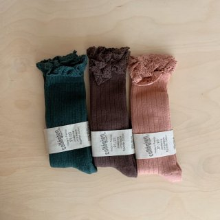 <img class='new_mark_img1' src='https://img.shop-pro.jp/img/new/icons14.gif' style='border:none;display:inline;margin:0px;padding:0px;width:auto;' />collegien - Lace knee socks