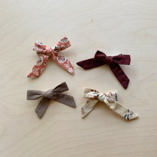 <img class='new_mark_img1' src='https://img.shop-pro.jp/img/new/icons14.gif' style='border:none;display:inline;margin:0px;padding:0px;width:auto;' />Omibia - OLIVIA Hair bow