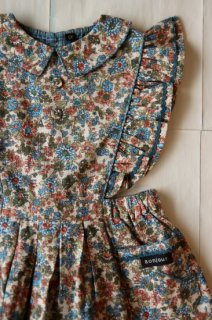 <img class='new_mark_img1' src='https://img.shop-pro.jp/img/new/icons14.gif' style='border:none;display:inline;margin:0px;padding:0px;width:auto;' />Bonjour Apron dress / Small Blue flowers
