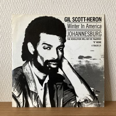 <img class='new_mark_img1' src='https://img.shop-pro.jp/img/new/icons50.gif' style='border:none;display:inline;margin:0px;padding:0px;width:auto;' />Gil Scott-Heron / 4 Track E.P. (10