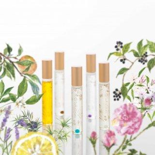 選べるオーガニックロールオンパフュームオイル ローズ 柚子 バニラ ラベンダー ネロリとジャスミン