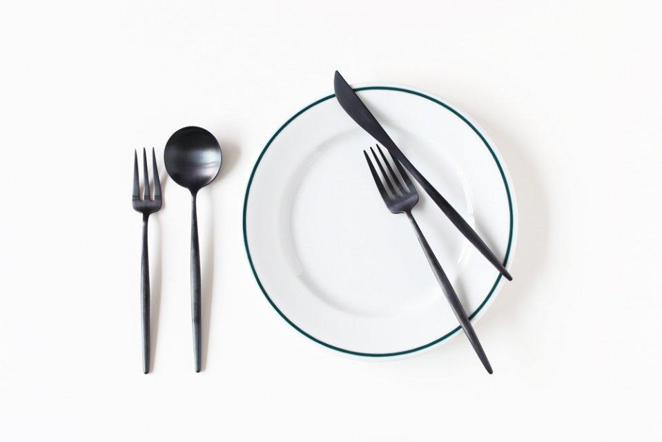 【取り扱い終了】Cutipol/MOONマットブラック/デザートフォーク(長さ17.2cm)