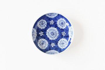 樋山真弓/染付菊散らし/5寸皿(直径15cm)