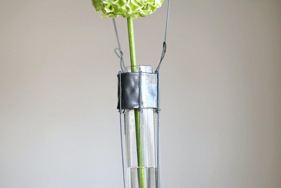 【取り扱い終了】増田由希子/ワイヤー花器(試験管の花器)