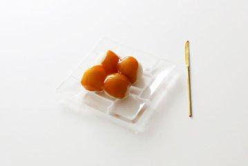 サブロウ/角皿(しろ)