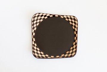 見野大介/ほんのり四角の大皿(いちまつ・黒)