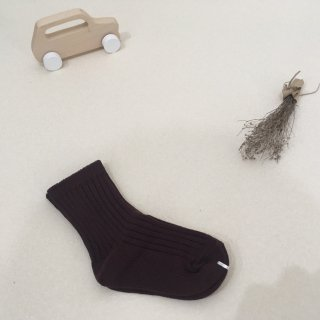 <img class='new_mark_img1' src='https://img.shop-pro.jp/img/new/icons23.gif' style='border:none;display:inline;margin:0px;padding:0px;width:auto;' />【30%OFF】MIKANU「EVERYDAY SOCKS (wine) 1-2y」