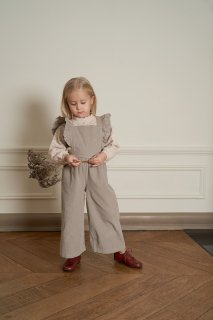 <img class='new_mark_img1' src='https://img.shop-pro.jp/img/new/icons38.gif' style='border:none;display:inline;margin:0px;padding:0px;width:auto;' />【80%OFF】bebe organic「Harper romper pants (Simple taupe)」2019-AW