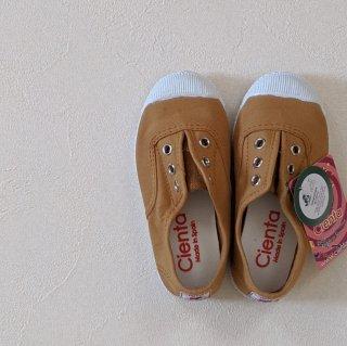 Cienta「Deck Shoes (Mustard)」
