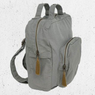 <img class='new_mark_img1' src='https://img.shop-pro.jp/img/new/icons14.gif' style='border:none;display:inline;margin:0px;padding:0px;width:auto;' />Numero74「Backpack Canvas (Silver Grey)」