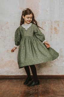 <img class='new_mark_img1' src='https://img.shop-pro.jp/img/new/icons23.gif' style='border:none;display:inline;margin:0px;padding:0px;width:auto;' />【30%OFF】bebe organic「Adele Dress (Green)」2020-AW