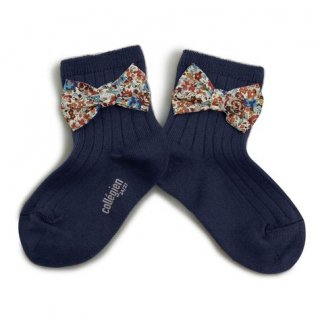 <img class='new_mark_img1' src='https://img.shop-pro.jp/img/new/icons14.gif' style='border:none;display:inline;margin:0px;padding:0px;width:auto;' />Collegien「Béatrice Ankle Sock with Liberty Bow - Nuit Etoilée」
