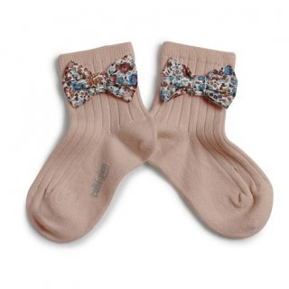 <img class='new_mark_img1' src='https://img.shop-pro.jp/img/new/icons14.gif' style='border:none;display:inline;margin:0px;padding:0px;width:auto;' />Collegien「Béatrice Ankle Sock with Liberty Bow - Vieux Rose」