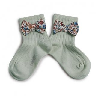 <img class='new_mark_img1' src='https://img.shop-pro.jp/img/new/icons14.gif' style='border:none;display:inline;margin:0px;padding:0px;width:auto;' />Collegien「Béatrice Ankle Sock with Liberty Bow - Aigue Marine」