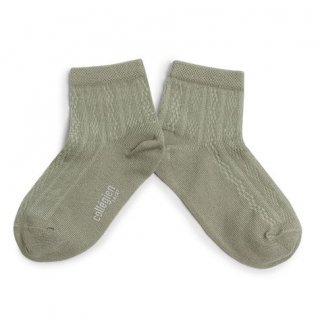 <img class='new_mark_img1' src='https://img.shop-pro.jp/img/new/icons14.gif' style='border:none;display:inline;margin:0px;padding:0px;width:auto;' />Collegien「Antoinette Lightweight Pointelle Summer Socks - Aigue Marine」