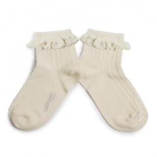 <img class='new_mark_img1' src='https://img.shop-pro.jp/img/new/icons14.gif' style='border:none;display:inline;margin:0px;padding:0px;width:auto;' />Collegien「Marie Antoinette Pointelle Summer Socks with Broderie Anglaise Trim - Doux Agneaux」