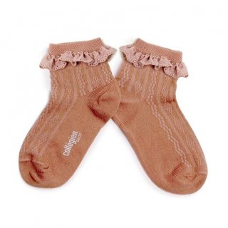 <img class='new_mark_img1' src='https://img.shop-pro.jp/img/new/icons14.gif' style='border:none;display:inline;margin:0px;padding:0px;width:auto;' />Collegien「Marie Antoinette Pointelle Summer Socks with Broderie Anglaise Trim - Vieux Rose」