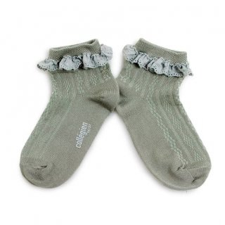 <img class='new_mark_img1' src='https://img.shop-pro.jp/img/new/icons14.gif' style='border:none;display:inline;margin:0px;padding:0px;width:auto;' />Collegien「Marie Antoinette Pointelle Summer Socks with Broderie Anglaise Trim - Aigue Marine」