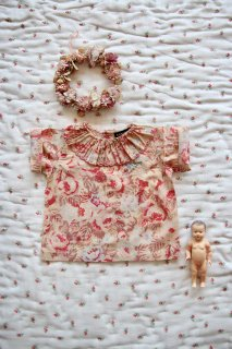 <img class='new_mark_img1' src='https://img.shop-pro.jp/img/new/icons14.gif' style='border:none;display:inline;margin:0px;padding:0px;width:auto;' />BONJOUR DIARY 「Baby blouse with embroidery (Big flower print)」2021-SS