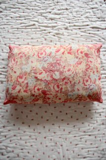 <img class='new_mark_img1' src='https://img.shop-pro.jp/img/new/icons14.gif' style='border:none;display:inline;margin:0px;padding:0px;width:auto;' />BONJOUR DIARY 「Pillow case (Big flower print)」2021-SS