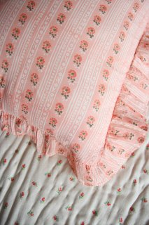 <img class='new_mark_img1' src='https://img.shop-pro.jp/img/new/icons14.gif' style='border:none;display:inline;margin:0px;padding:0px;width:auto;' />BONJOUR DIARY 「Pillow case (Pink flowers stripe)」2021-SS