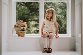 <img class='new_mark_img1' src='https://img.shop-pro.jp/img/new/icons14.gif' style='border:none;display:inline;margin:0px;padding:0px;width:auto;' />Little Cotton Clothes「Katie Romper - petal floral」2021-June Drop