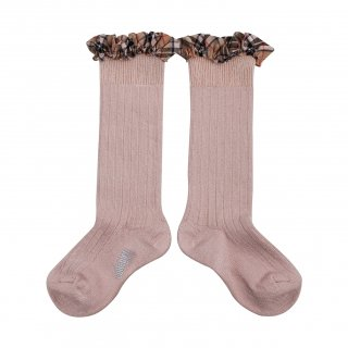 <img class='new_mark_img1' src='https://img.shop-pro.jp/img/new/icons14.gif' style='border:none;display:inline;margin:0px;padding:0px;width:auto;' />Collegien「Arabelle Tartan Ruffle Ribbed Knee-high Socks - Vieux Rose」