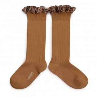 <img class='new_mark_img1' src='https://img.shop-pro.jp/img/new/icons14.gif' style='border:none;display:inline;margin:0px;padding:0px;width:auto;' />Collegien「Arabelle Tartan Ruffle Ribbed Knee-high Socks - Caramel」