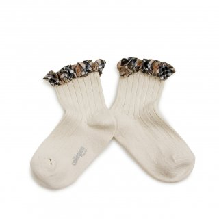 <img class='new_mark_img1' src='https://img.shop-pro.jp/img/new/icons14.gif' style='border:none;display:inline;margin:0px;padding:0px;width:auto;' />Collegien「Lucie Tartan Ruffle Ribbed Ankle Socks - Doux Agneaux」