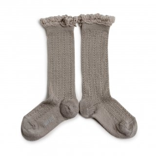 <img class='new_mark_img1' src='https://img.shop-pro.jp/img/new/icons14.gif' style='border:none;display:inline;margin:0px;padding:0px;width:auto;' />Collegien「Adeline Pointelle Merino Wool Knee-high Socks with Merino Lace Trim - Jour de Pluie」