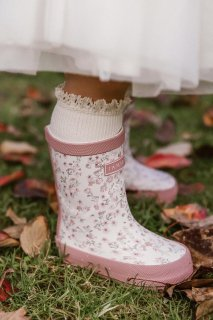 <img class='new_mark_img1' src='https://img.shop-pro.jp/img/new/icons14.gif' style='border:none;display:inline;margin:0px;padding:0px;width:auto;' />Jamie Kay「Gumboots - Posy floral」