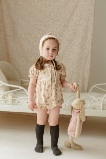 <img class='new_mark_img1' src='https://img.shop-pro.jp/img/new/icons14.gif' style='border:none;display:inline;margin:0px;padding:0px;width:auto;' />HAPPYOLOGY「Strawberry Garden Short Sleeve Romper」2021-AW