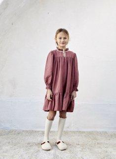 <img class='new_mark_img1' src='https://img.shop-pro.jp/img/new/icons14.gif' style='border:none;display:inline;margin:0px;padding:0px;width:auto;' />LiiLU ORGANICS「agatha dress (light mahogany)」2021-AW Drop1